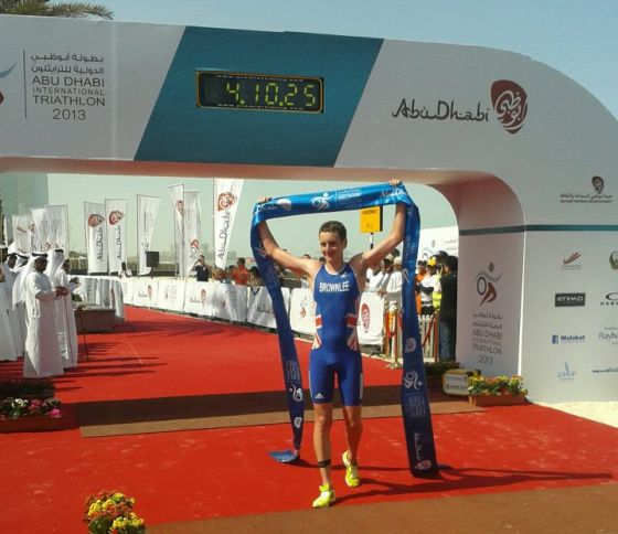 Alistair Brownlee trionfa all'Abu Dhabi International Triathlon 2013