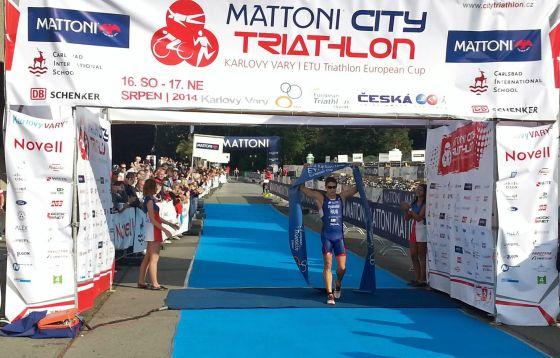 Andrey Bryukhankov è il vincitore dell'ETU Triathlon Karlovy Vary 2014