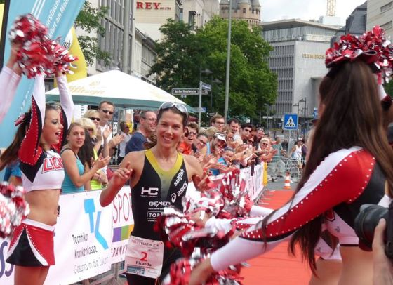 Ricarda Lisk vince il Frankfurt City Triathlon 2014