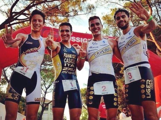 Alberto Casadei e i campioni del Liger Team