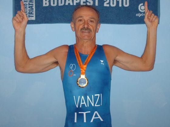Michele Vanzi è terzo di categoria agli Europei Ironman 70.3 Germany 2014