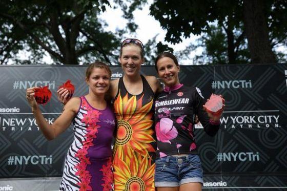 Il podio femminile del New York City Triathlon 2014