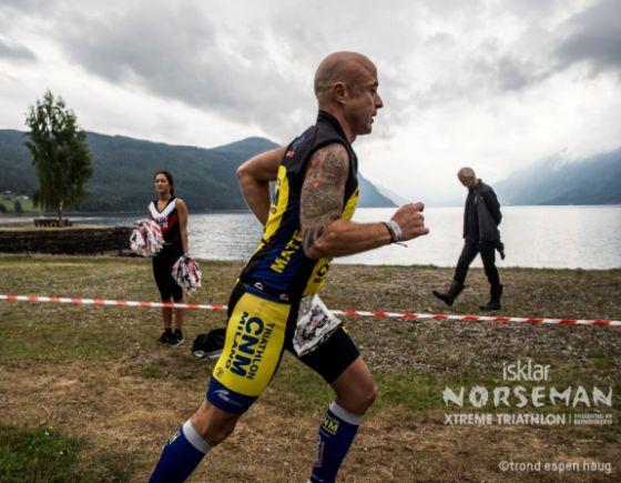 L'inizio della maratona del Norseman