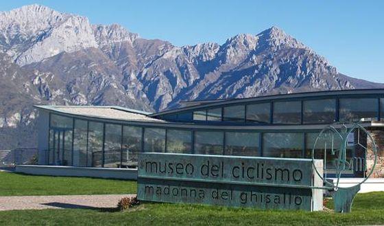 Il Triathlon Bellagio-Ghisallo passerà anche dal Museo del Ciclismo