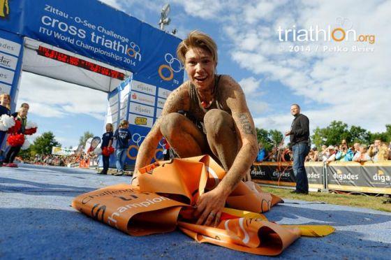 Kathrin Mueller vince l'XTERRA Germany ITU Cross Triathlon World Championship