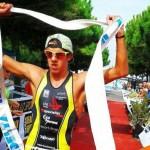 Gianluca Pozzatti vince il triathlon olimpico Irondelta 2014