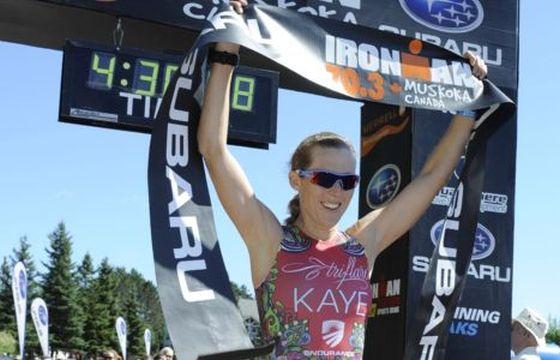 Alicia Kaye vince l'Ironman 70.3 Muskoka 2014 (Foto: Dave Robinet/FinisherPix.com)