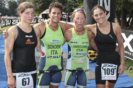 Il podio femminile del Triathlon Città di Cremona 2014
