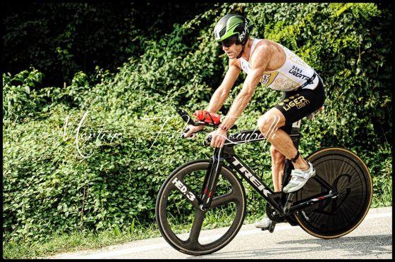 Massimo Cigana è il vincitore del Triathlon Internazionale di Mergozzo 2014