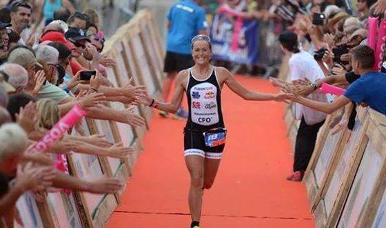 Gli ultimi metri per Camilla Pedersen vincitrice del Triathlon XL de Gerardmer 2014