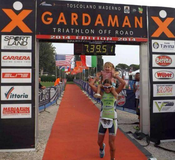 Sara Tavecchio conquista il 1° XGardaman K113 Triathlon