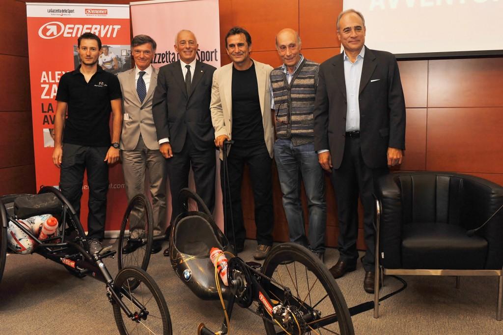 Francesco Chiappero, Giorgio Cimurri, Alberto Sorbini, Alex Zanardi, Enrico Arcelli, Andrea Monti (Foto: Marco Chiesa per Enervit)