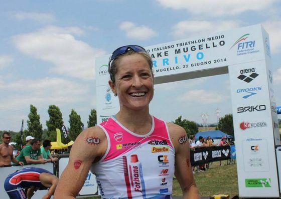 Martina Dogana è la campionessa italiana di triathlon medio 2014