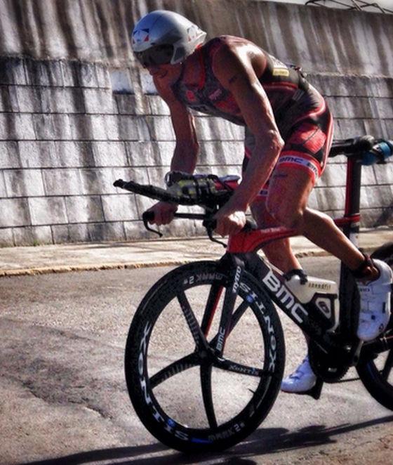 L'austriaco Michael Weiss in bici all'Ironman Cozumel 2014 ha fatto segnare il miglior split
