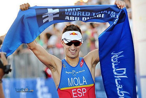 ITU WTSAbuDhabi triathlon, vince Mario Mola davanti a Luis e Murray, Fabian 16°