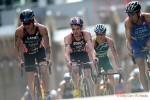 Una fase della frazione bike dell'ITU World Triathlon Auckland 2015 (Foto: Delly Carr/ITU Triathlon.org)
