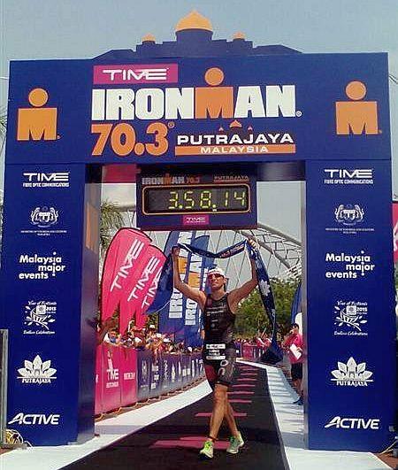 Domenico Passuello vince l'Ironman 70.3 Putrajaya e batte Craig Alexander!
