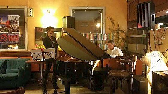La musica di Tania Furia e Riccardo La Barbera ha accompagnato la serata NYCM di Ol3Sport