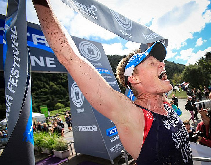 La statunitense Suzie Snyder vince l'XTERRA New Zealand 2015