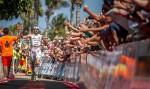L'arrivo trionfale di Alessandro Degasperi all'Ironman Lanzarote del 23 maggio 2015