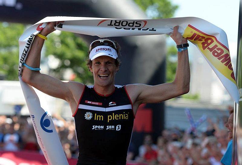 Imprendibile nella mezza maratona, il rossocrociato Ruedi Wild vince l'Ironman 70.3 Switzerland del 7 giugno 2015