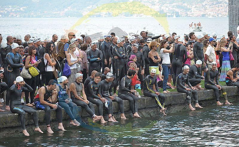 La partenza del Triathlon Olimpico di Iseo