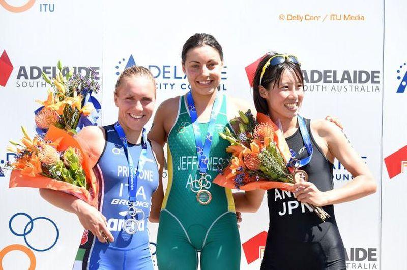Giorgia Priarone sul 2° gradino del podio Under 23 ai Mondiali di Duathlon 2015 di Adelaide