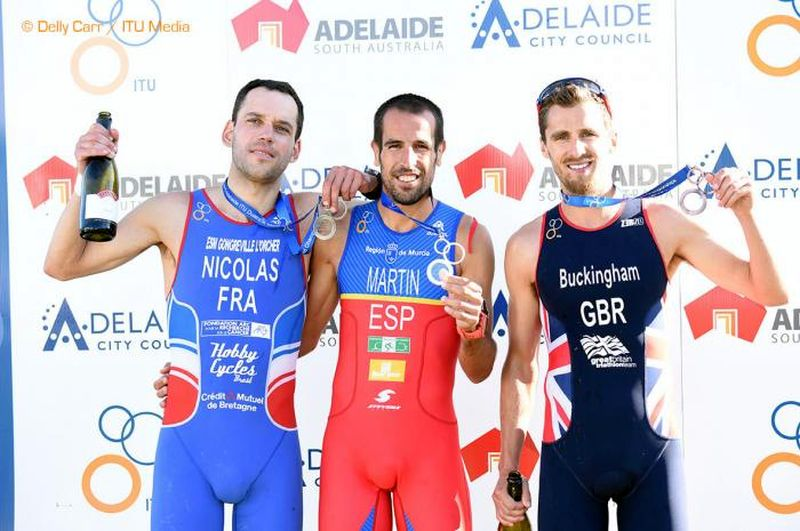 Il podio Elite maschile, con al centro il nuovo campione del mondo di duathlon 2015, lo spagnolo Emilio Martin