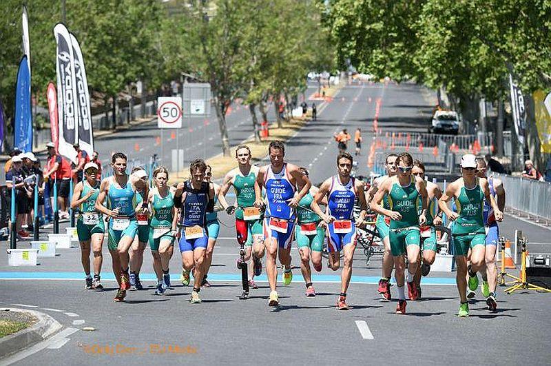 La partenza del Mondiale di Paraduathlon 2015 ad Adelaide