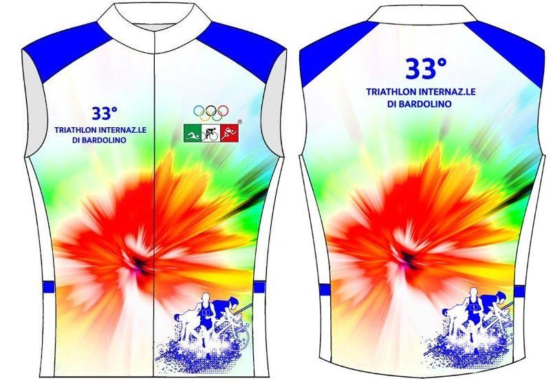 La nuova maglia del Triathlon Internazionale di Bardolino!
