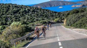 La frazione bike del Challenge Forte Village (Foto: Trimax Magazine)