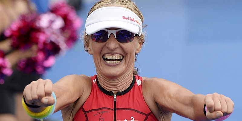 Miss Swiss Natascha Badmann a 50 anni gareggerà per l'ultima volta da PRO all'Ironman Hawaii 2016