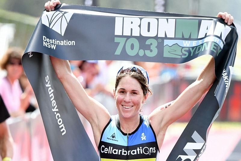 Annabel Luxford domina l'Ironman 70.3 Geelong