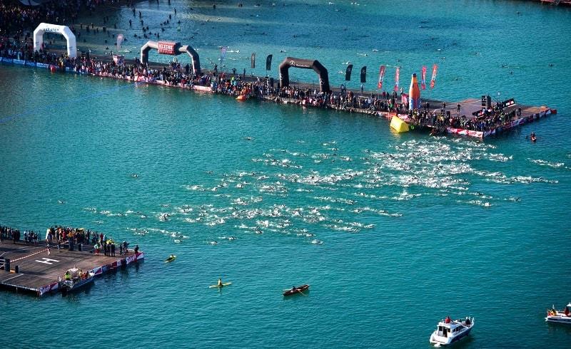 La spettacolare partenza dell'Ironman Austria a Klagenfurt, l'Ironman europeo più amato dagli italiani finisher