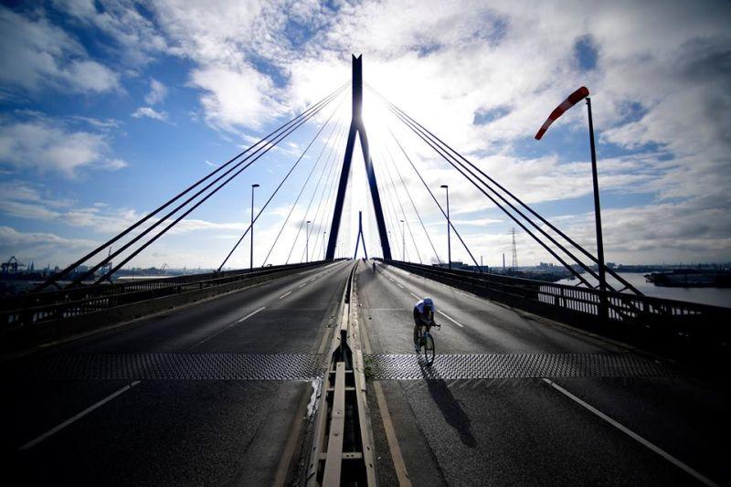 Ironman Hamburg: si scende dai pedali