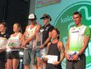 Il podio del Faaker See Panaceo Triathlon 2017: Romana Slavinec, Renate Forstner e Sara Tavecchio con Daniel Niederreiter, Niko Wihlidal e Lucasz Wojt (Foto ©Sara Tavecchio)