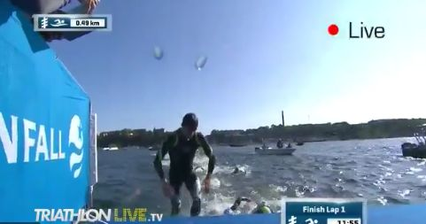 LIVE – ITU Triathlon World Stockholm Men: out of swim!