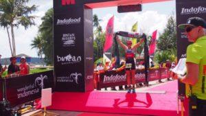 La neozelandese Amelia Watkinson si aggiudica l'Ironman 70.3 Bintan 2017 (Foto ©Ironman 70.3 Bintan)