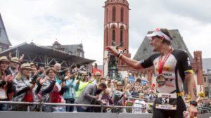 Il tedesco Sebastian Kienle, nel 2016, si è classificato secondo facendo registrare l'ottavo tempo più veloce della storia di questa gara: 8:10:02 (Foto ©IRONMANtri)