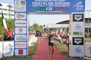 Mirko Lazzaretto (Triathlon Rari Nantes Marostica) è il campione italiano junior di triathlon 2017. Vince il titolo il 22 settembre a Caorle (Foto ©F.I.Tri.)