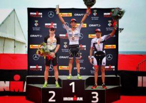Il podio maschile dell'Ironman Barcelona 2017: Mike Phillips (NZL), Antony Costes (FRA) e Viktor Zyemtsev (UKR) - Foto ©Ironman Barcelona Facebook)