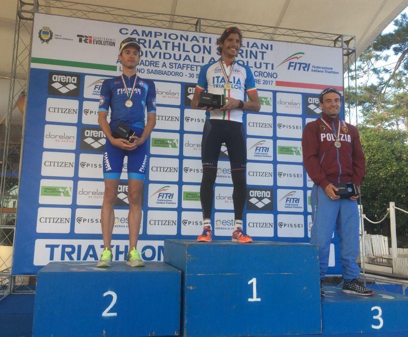 I top 3 del Campionato Italiano di triathlon sprint 2017, corso il 30 settembre a Lignano Sabbiadoro (UD): Davide Uccellari (G.S. Fiamme Azzurre), Alessandro Fabian (C.S. Carabinieri) e Andrea Secchiero (G.S. FF.OO.)