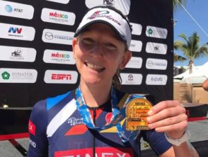 Jeanny Seymour vince l'Ironman 70.3 Los Cabos 2017 davanti ad Angela Naeth e Carrie Lester