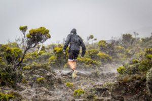 """Il percorso run dell'Ocean Lava Reunion Island è lungo 23K e """"spinge"""" i triatleti ai piedi del vulcano Piton de la Fournaise (Foto ©Volkanic Triathlon)"""
