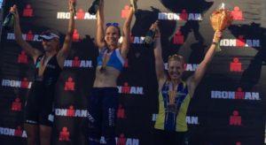 La finlandese Kaisa Sali vince l'Ironman Arizona 2017, davanti alla danese Helle Frederiksen e alla canadese Jen Annett,