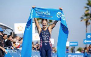 L'americana Summer Cook vince l'ultima tappa dell'ITU Triathlon World Cup 2017, corsa a Miyazaki (Giappone) il 4 novembre (Foto ©Tommy Zaferes / ITU Media)