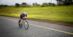 L'atleta di casa Jeanni Seymour vince l'Ironman 70.3 South Africa 2018 (Foto ©Ironman South Africa Twitter)