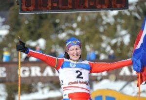 La russia Yulia Surikova si è laureata campionessa mondiale di winter triathlon 2018 a Cheile Gradistei, in Romania (Foto ©WorldTriathlonLive)