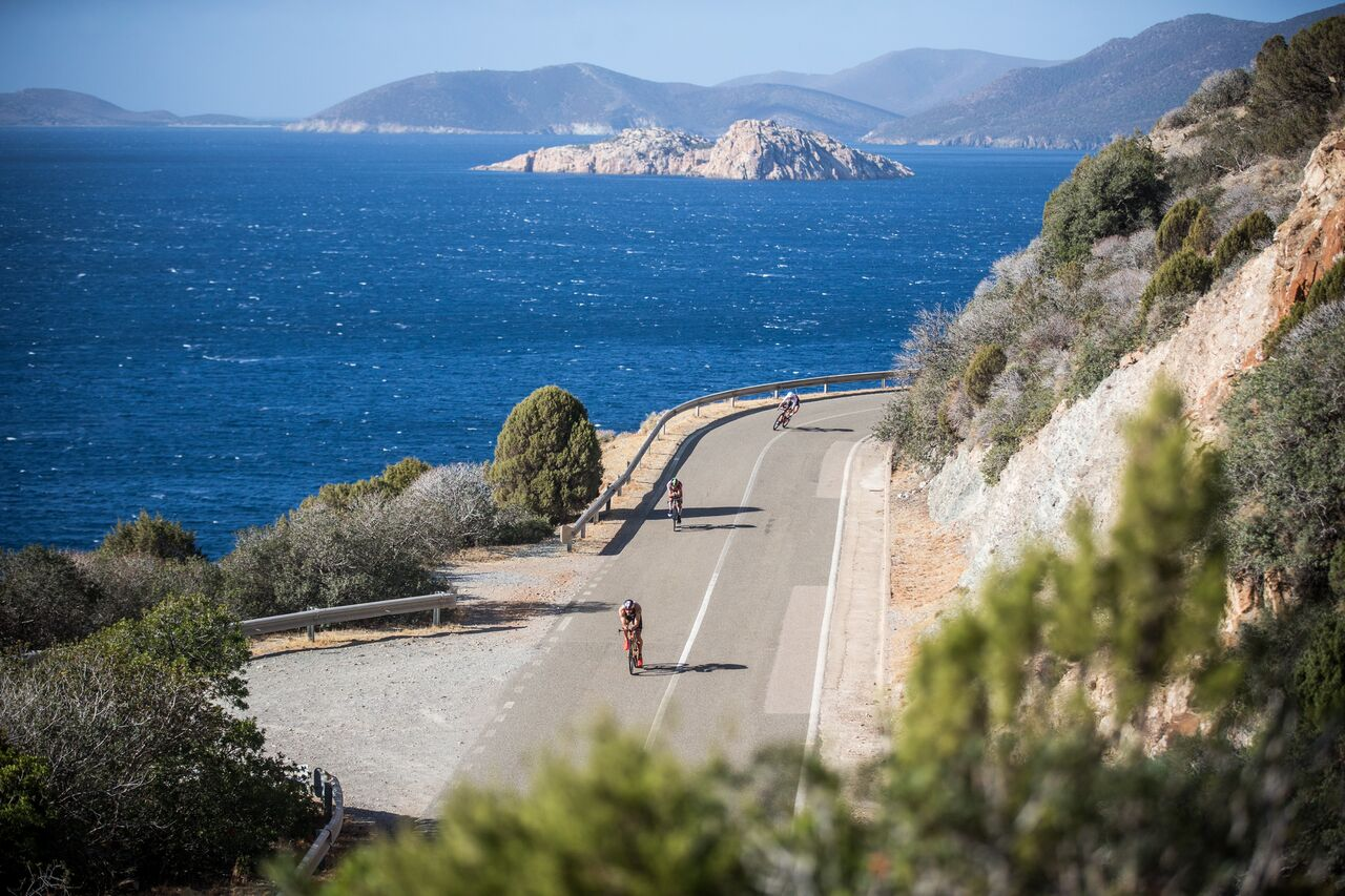La Sardegna premia i suoi campioni di triathlon