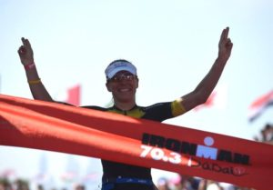La tedesca Anne Haug vince l'Ironman 70.3 Dubai 2018, davanti a Sarah Lewis e Holly Lawrence